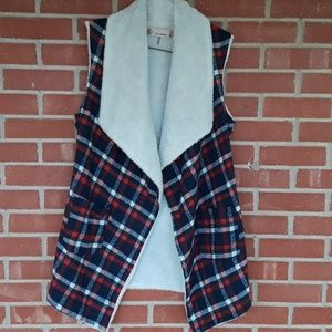 E2 Clothing plaid and Sherpa waterfall vest size M